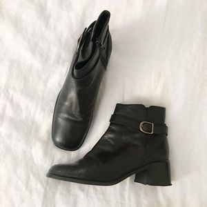 405321a428aa Vintage Shoes - FINAL FLASH- Vintage Jodhpur Leather Boots